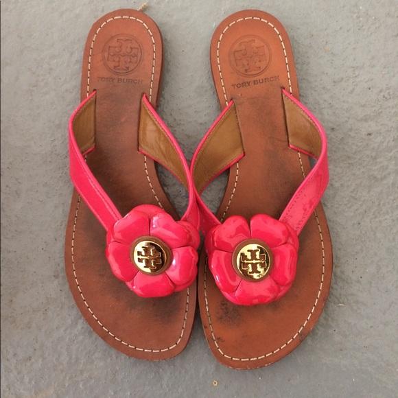 c3d3d7aaaf48 LAST CHANCE Tory Burch flower sandals. M 5a5d070900450f4606974ad8